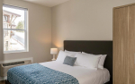 deluxe-two-bedroom-8-people-4